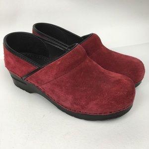 DANSKO Sz 9/40 Red Suede Women's Clogs